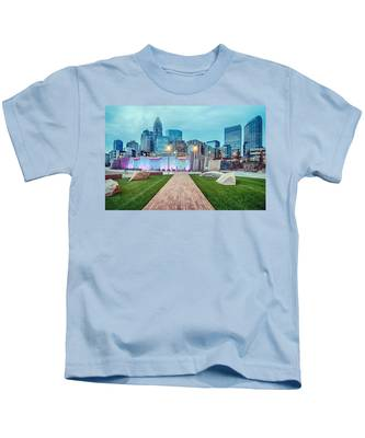 Charlotte City Skyline In The Evening Kids T-Shirt