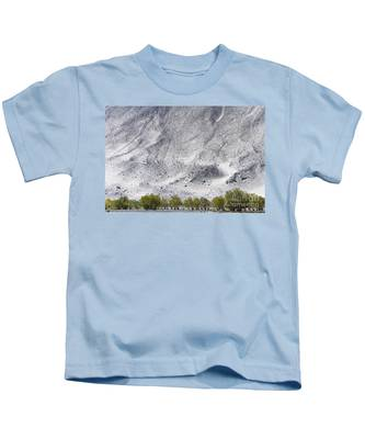 Backdrop Of Sand, Chumathang, 2006 Kids T-Shirt