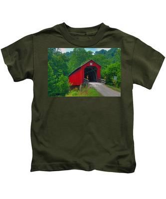 Hune Covered Bridge Kids T-Shirt