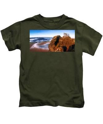 In The Sun Glowing Rock On The Lilienstein Kids T-Shirt