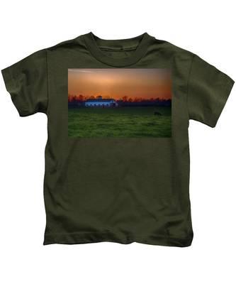 Walmac Farm Ky  Kids T-Shirt