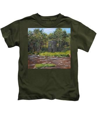 Iron Furnace Of Franconia New Hampshire Kids T-Shirt