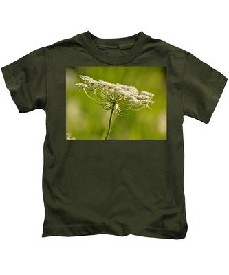 Lacy White Flower Kids T-Shirt
