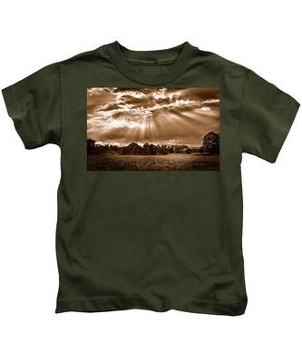 And The Heavens Opened 3 Kids T-Shirt