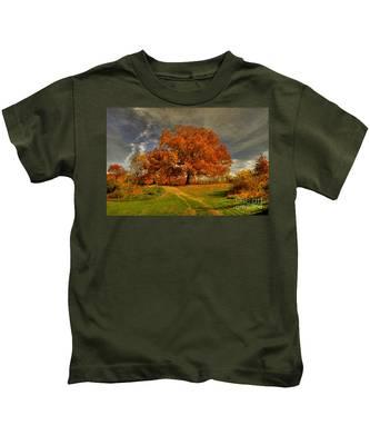 Autumn Picnic On The Hill Kids T-Shirt