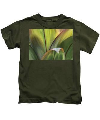 Cordyline Fruticosa Kids T-Shirts