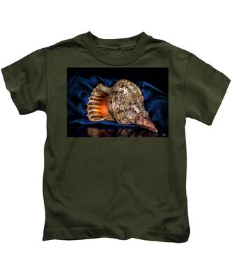Kids T-Shirt featuring the photograph Conch Shell by Endre Balogh