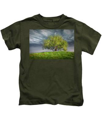 Kids T-Shirt featuring the photograph Oak Tree With Tire Swing by Endre Balogh