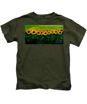 Sunflowers In A Row Kids T-Shirt