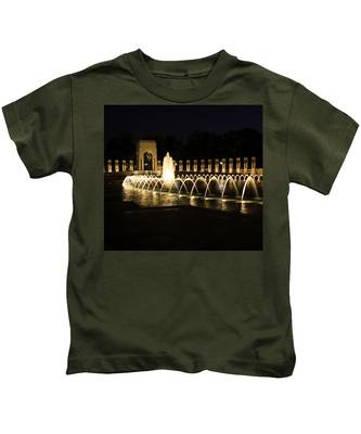 World War Memorial Kids T-Shirt