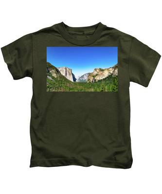 Yosemite Valley- Kids T-Shirt