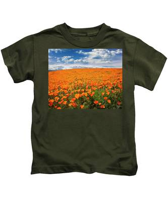 Kids T-Shirt featuring the photograph The Poppy Field by Endre Balogh