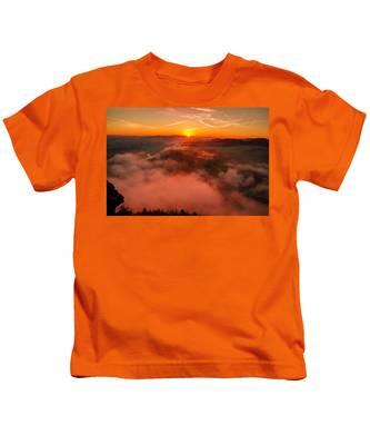 Misty Sunrise On The Lilienstein Kids T-Shirt