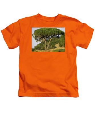 Fairfax Beauty Kids T-Shirt