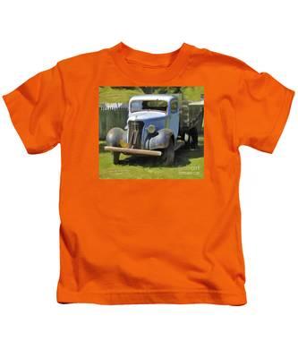Old Soul #2 Kids T-Shirt