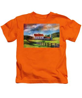 Red Roof Barn Kids T-Shirt