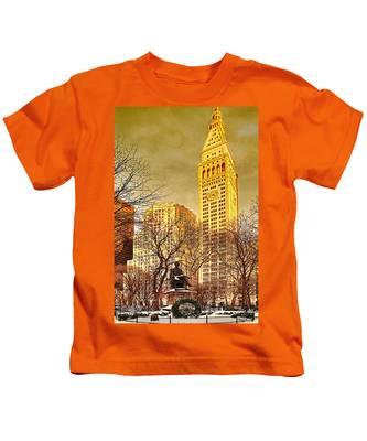 Ten Past Four At Madison Square Park Kids T-Shirt