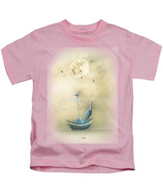 Sailing By The Moon Kids T-Shirt