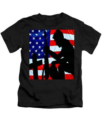 A Time To Remember American Flag At Rest Kids T-Shirt