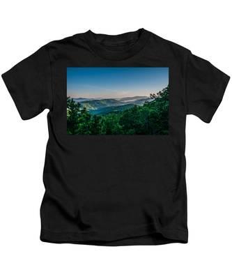 Beautiful Scenery From Crowders Mountain In North Carolina Kids T-Shirt