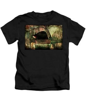 Bridge Over The Canal Kids T-Shirt