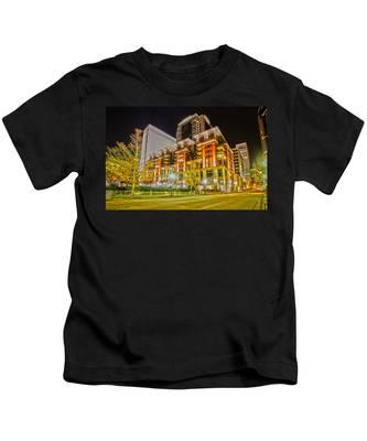 Charlotte City Skyline Night Scene Kids T-Shirt