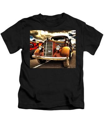 Hdr Fire Truck Kids T-Shirt