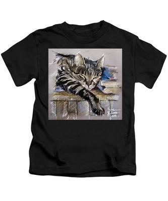 Lazy Cat Portrait - Drawing Kids T-Shirt
