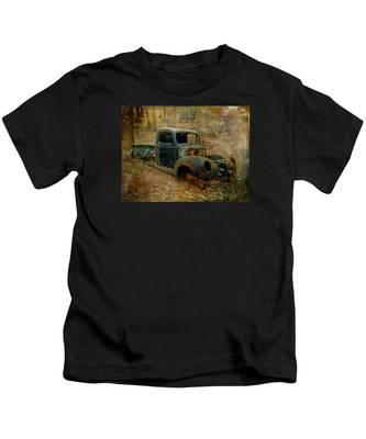 Resurrection Vintage Truck Kids T-Shirt