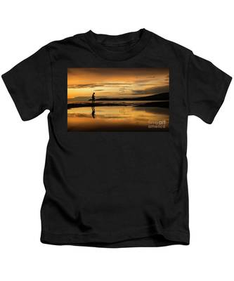 Silhouette In Sunset Kids T-Shirt