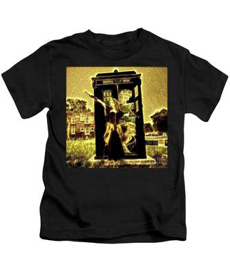 13th Doctor Kids T-Shirt