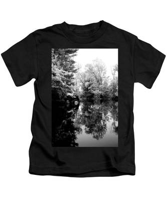 Black River 6 Kids T-Shirt