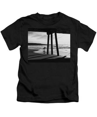 Hermosa Surfer Under Pier Kids T-Shirt