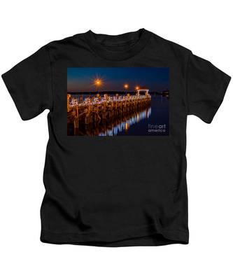 Holiday On The Docks Kids T-Shirt