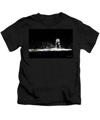 Horses And Men In Rain Kids T-Shirt