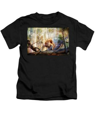 Red Squirrel With Pinecone Kids T-Shirt