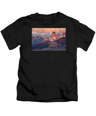 Snow On Chimney Rock Kids T-Shirt
