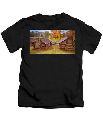 Valley Forge Huts In Fall Kids T-Shirt