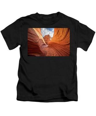 Winding Stripes Of Sandstone Kids T-Shirt