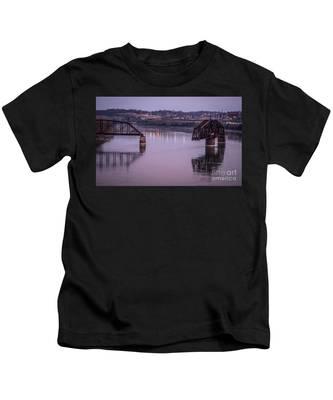 Old Swing Bridge Kids T-Shirt