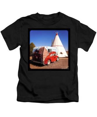 Vintage Volkswagon Beatle Camper  Kids T-Shirt