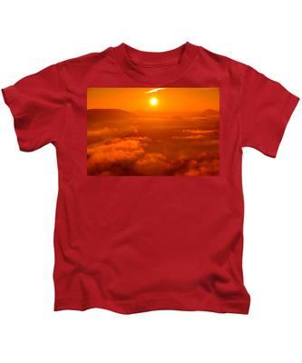 Red Dawn On The Lilienstein Kids T-Shirt