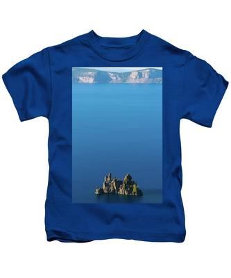 Phantom Ship Island Crater Lake National Park Oregon 2 Kids T-Shirt