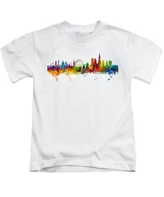 London England Skyline Panoramic Kids T-Shirt