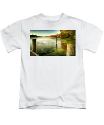 Blydenberg Park In The Fall Kids T-Shirt