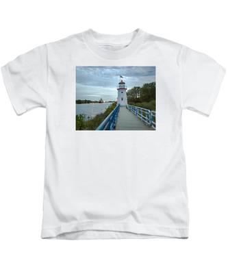 Cheboygan Crib Lighthouse Lake Huron, Lower Peninsula Mi Kids T-Shirt