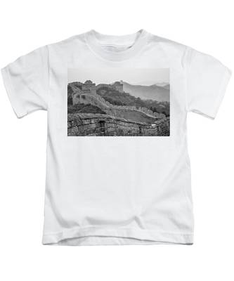 Great Wall 7, Jinshanling, 2016 Kids T-Shirt