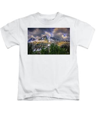 Kids T-Shirt featuring the photograph Sierra Sunrise by Endre Balogh