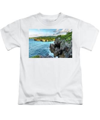 Cliffside Views Portland Jamaica Kids T-Shirt