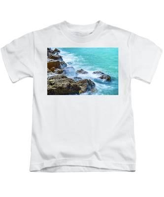 Sea Rocks In Montego Bay Kids T-Shirt